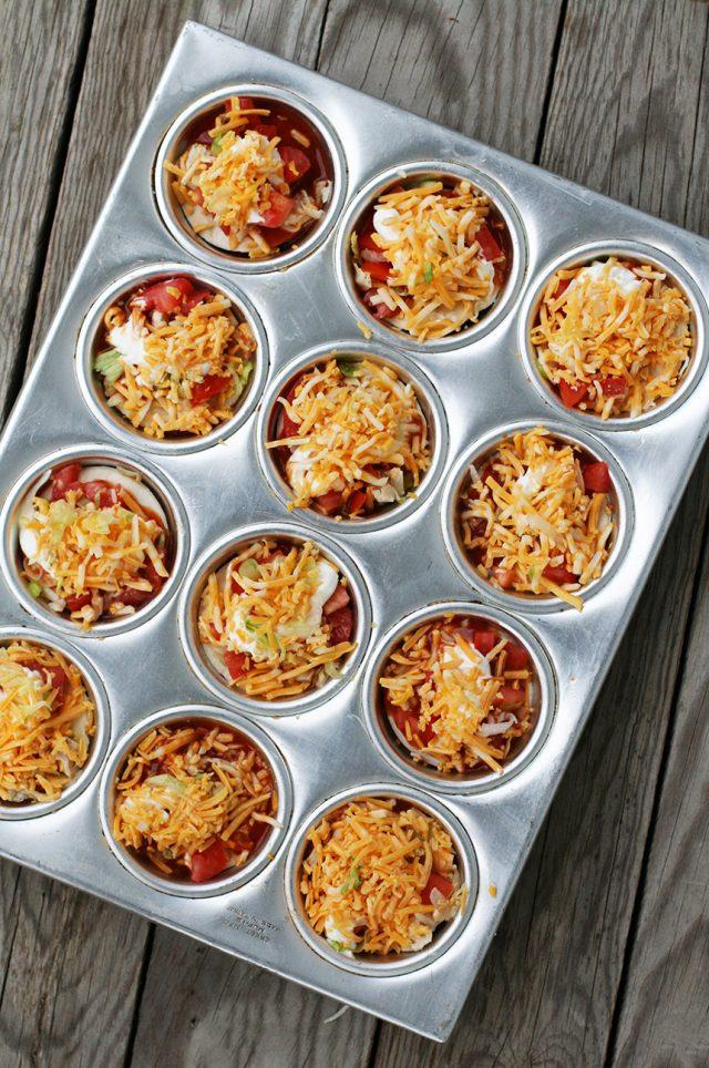 How to make mini enchilada stacks: Click through for this cheap recipe!