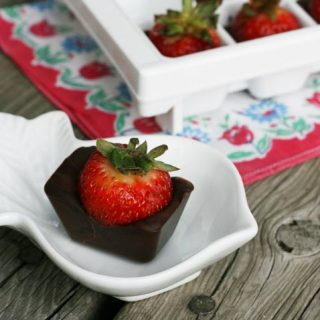 Chocolate-Covered Strawberries Made In An Ice Cube Tray