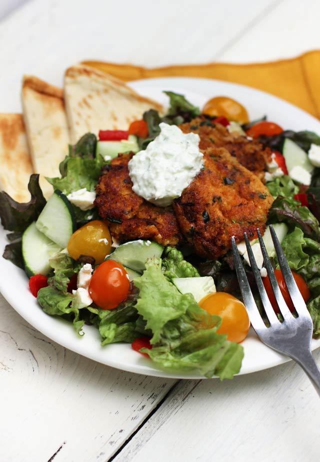Falafel salad, by Cheap Recipe Blog and adapted by Carpe Season