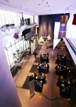 The lobby at Radisson Blu at Mall of America