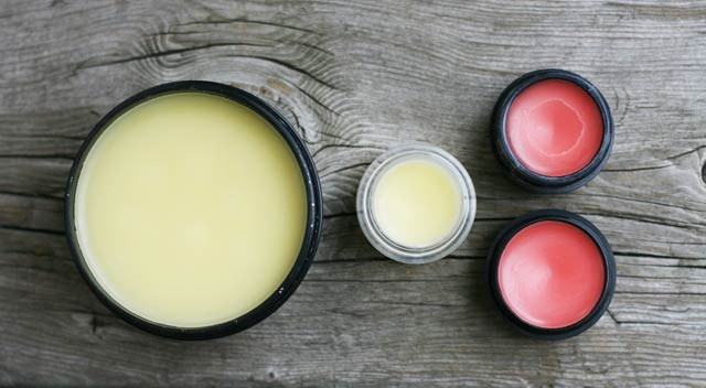 Make your own homemade Vaseline (and tinted lip balm) at home using all-natural products. From Cheap Recipe Blog. Click through for instructions.