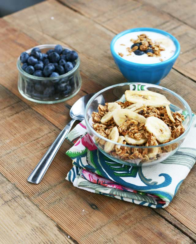 A recipe for banana and peanut butter granola