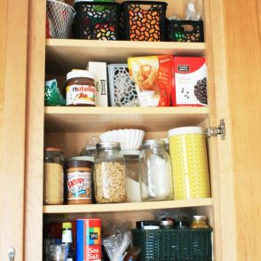 5 Tips For Spring Cleaning Your Budget: Inventory your pantry. Click through for all 5 tips!