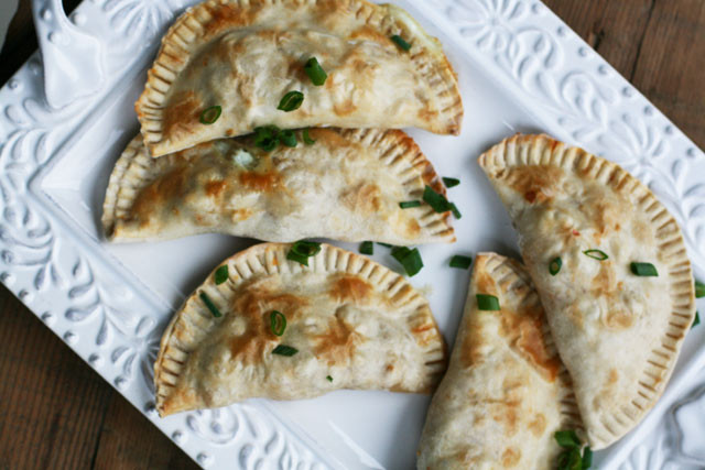 How to make breakfast empanadas. Click through for recipe!