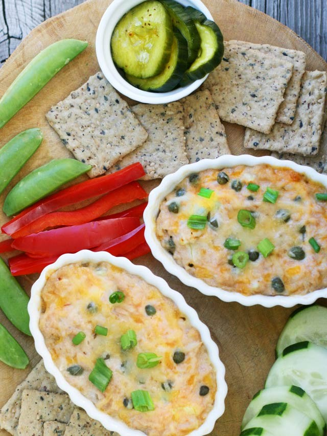 Tuna melts in a bowl. Enjoy tuna melts without the bread. Paleo-friendly, gluten free.