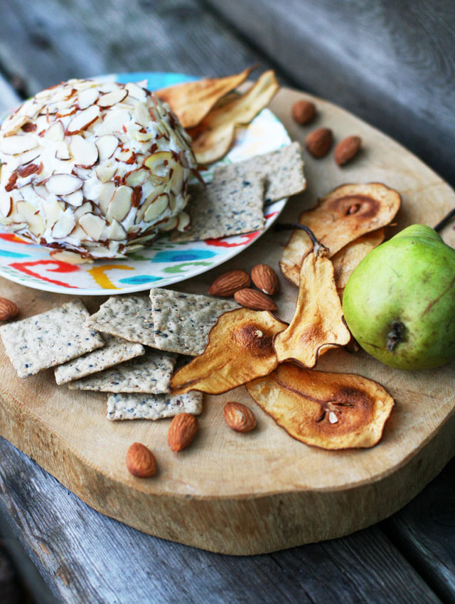 Tropical cheese ball: Serve with homemade pear chips. Makes a great food gift!