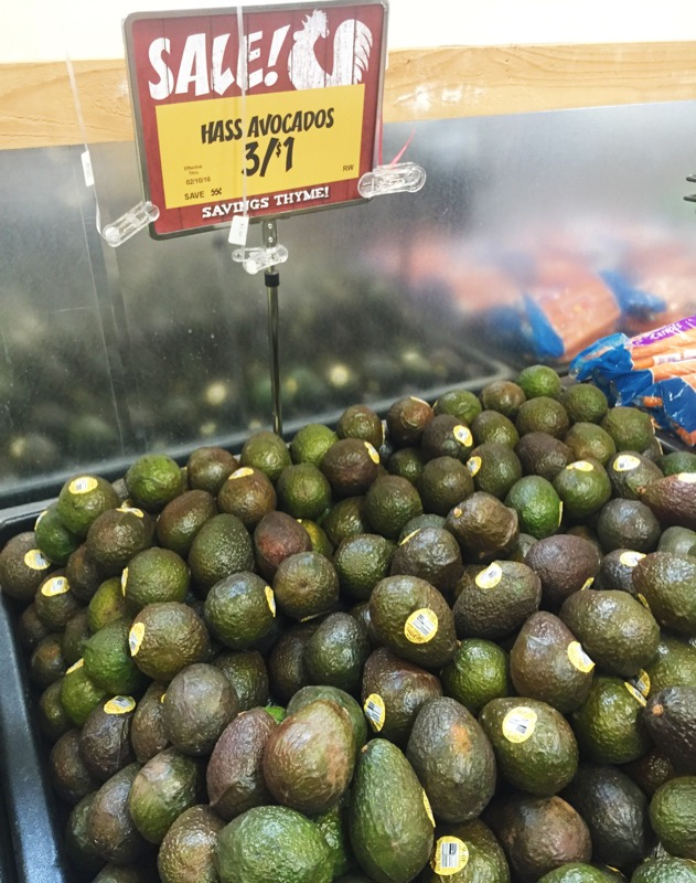Buying cheap avocados at the grocery store to make homemade guacamole. Click through for recipe!