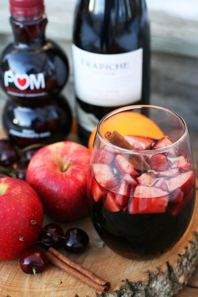 Cinnamon red wine punch: An easy, flavorful, and spicy winter drink.