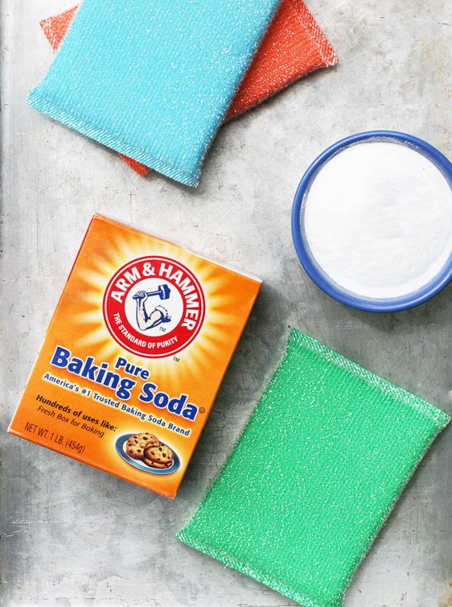 Money-saving uses for baking soda. Keep your house clean and save money! Click through for ideas.