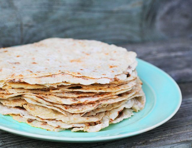 Frying pan lefse: Yes, you can make homemade lefse in a frying pan! Click through for instructions.