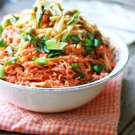Shoestring salad: A CHEAP and easy salad recipe with carrots, tuna, and shoestring potatoes. Click through for recipe.