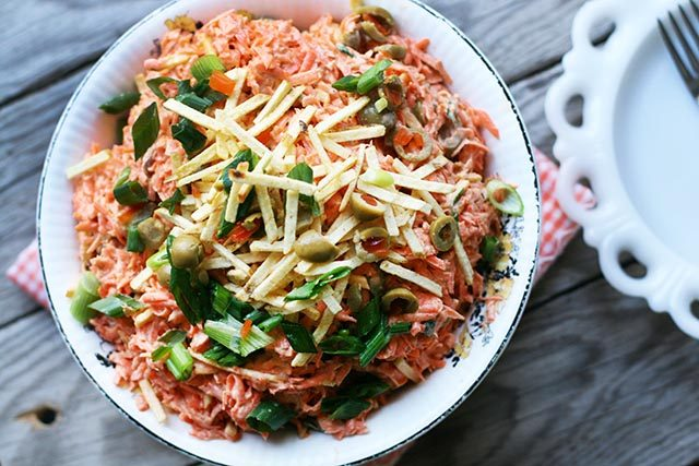 Shoestring carrot salad: Made with carrots, tuna, and shoestring potatoes. CHEAP and easy!