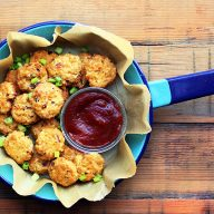 Keto cauliflower tots: Cheesy, crispy, with a kick. These healthy bites are ADDICTING!