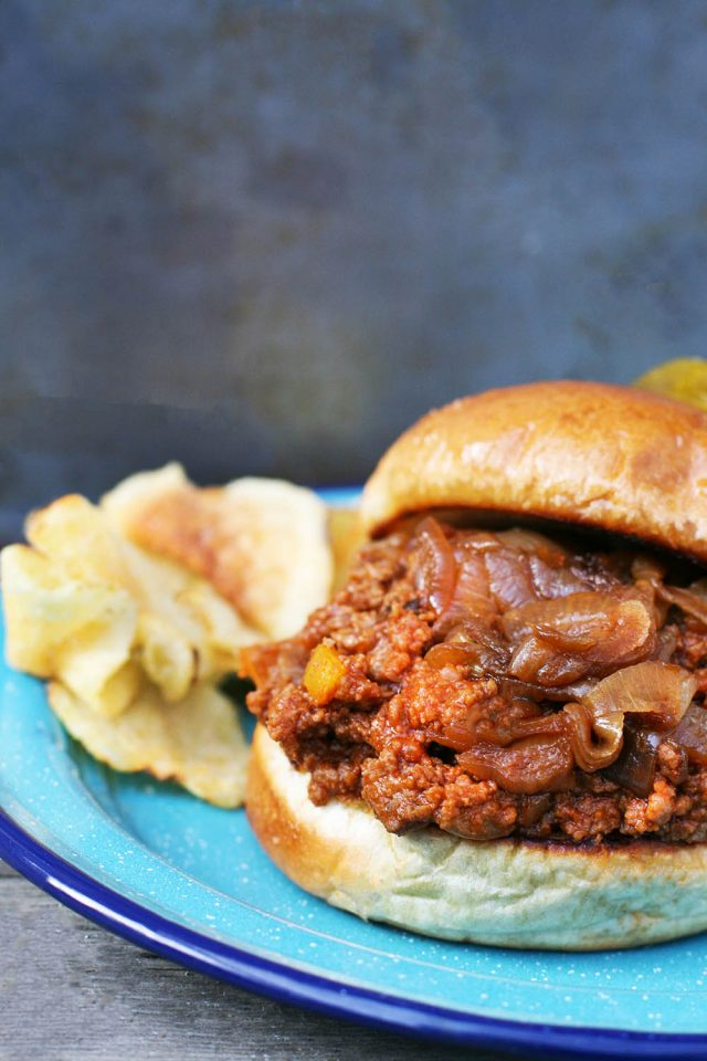 Sloppy joes with caramelized onions: SUCH great flavor with the addition of caramelized onions!