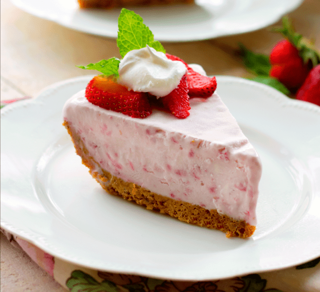 Frozen strawberry cream pie, from Bunny's Warm Oven