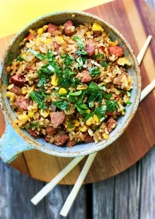 Fried rice with ring bologna and sweet corn: Cheap and easy to make. Click through for recipe!