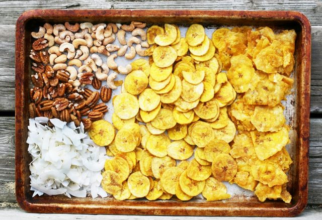 Paleo snack mix ingredients: What you'll need to make this paleo holiday snack mix.