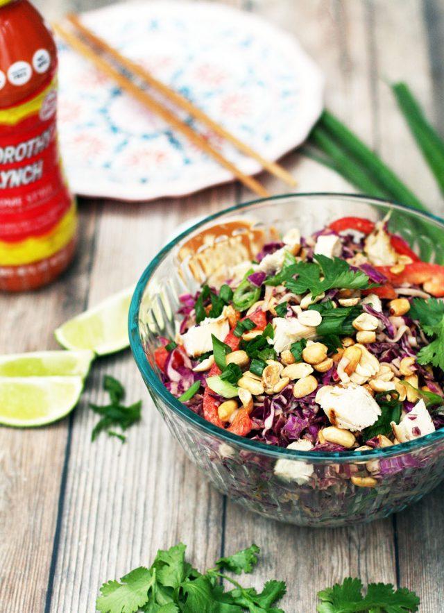 Peanut ramen salad recipe: The perfect picnic salad with a simple, tasty peanut sauce!