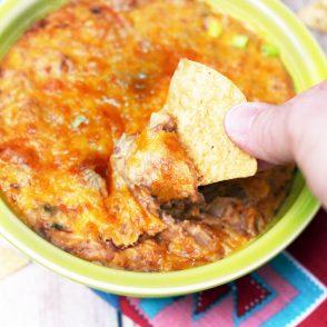 Cheesy pinto bean dip: We're talking really, really cheesy. Click through for recipe!