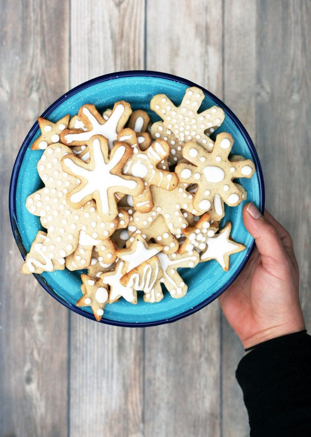 Pepperkaker cookies: A Norwegian holiday cookie with lots of spices!
