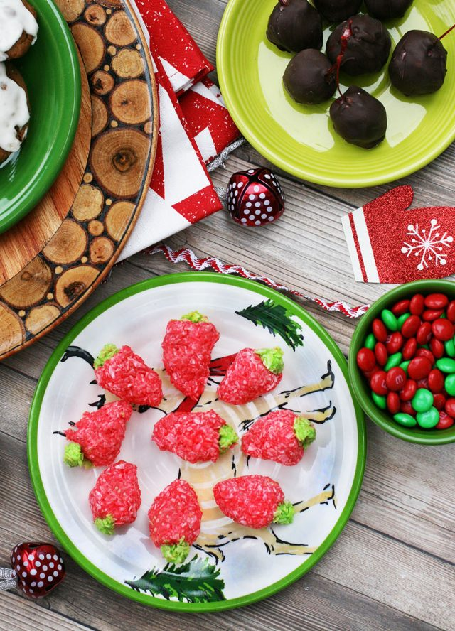Strawberry coconut candies: Festive strawberry-shaped candies with only 4 ingredients!