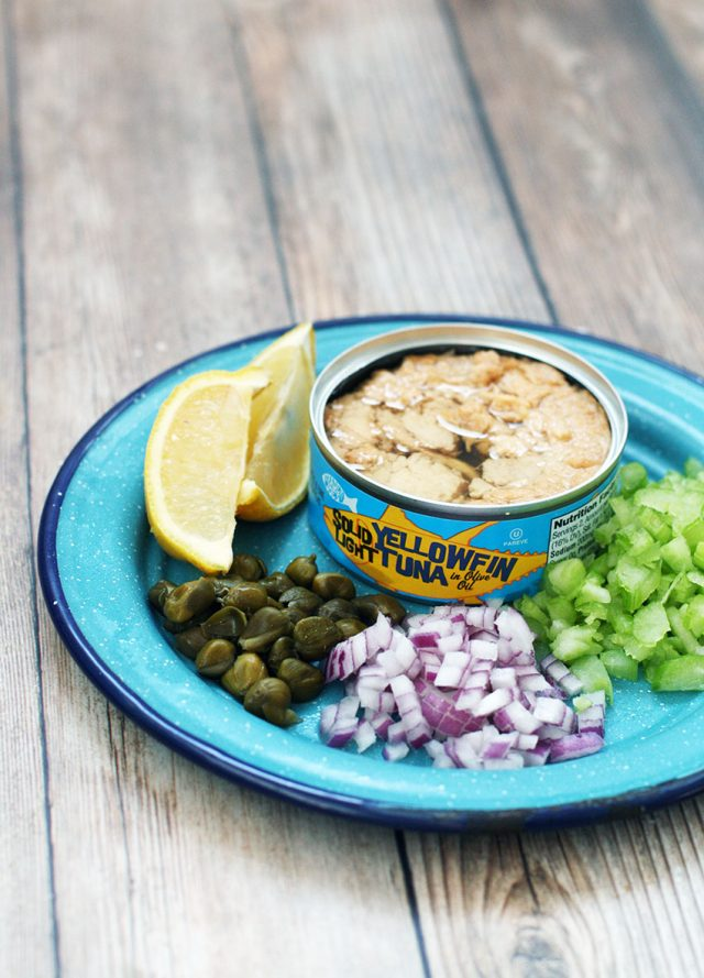 How to make the best tuna salad: This one has all the flavorful mix-ins! Click through for recipe.