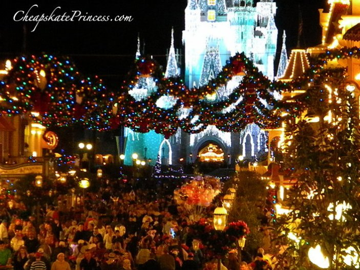 should you go to Disney after Christmas