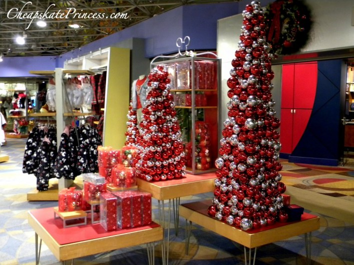Contemporary gift shop, Contemporary resort gift shop, best Christmas decorations, Bay Lake Tower gift shop
