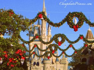 how many decorations are there at Disney World for Christmas, Christmas at Disney, staying at Disney for Christmas