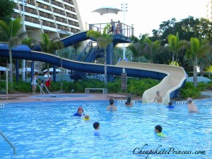 Contemporary Resort pool, swim at the Contemporary Resort, how to pool hop at Disney World, DVC perks,