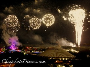 best place to see Magic Kingdom fireworks, Magic Kingdom Fireworks Dessert party