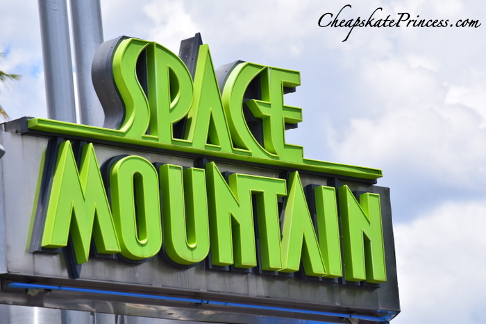 space-mountain-at-walt-disney-world