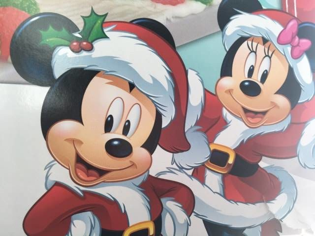 Minnie and Mickey at Christmas