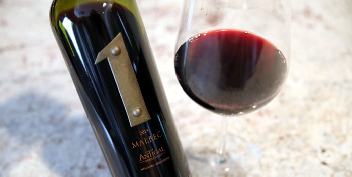 Antigal Uno Malbec
