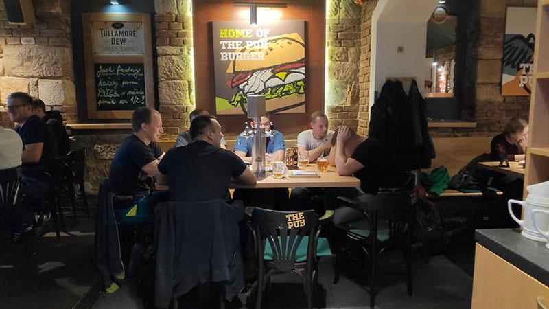 the pub בר פלזן צ'כיה