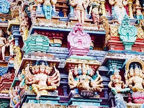 פסלים במודראי הודו
