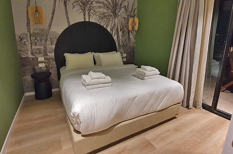 מיטה במלון דירות באילת