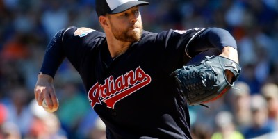 Cleveland Indians' Corey Kluber throws during the first inning of a spring training baseball game against the Chicago Cubs Wednesday, March 9, 2016, in Mesa, Ariz. (AP Photo/Morry Gash) ORG XMIT: AZMG111