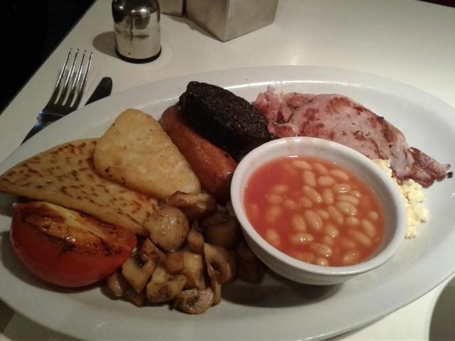 Restaurantes em Edimburgo para comer o tradicional café da manhã escocês