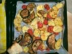 patate, melanzane e pomodorini gratinati al forno