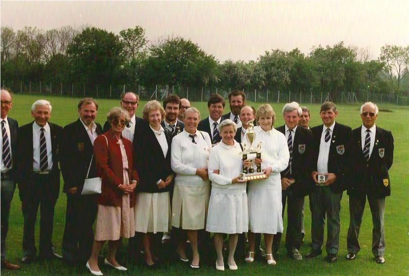 86_spooner_trophy2