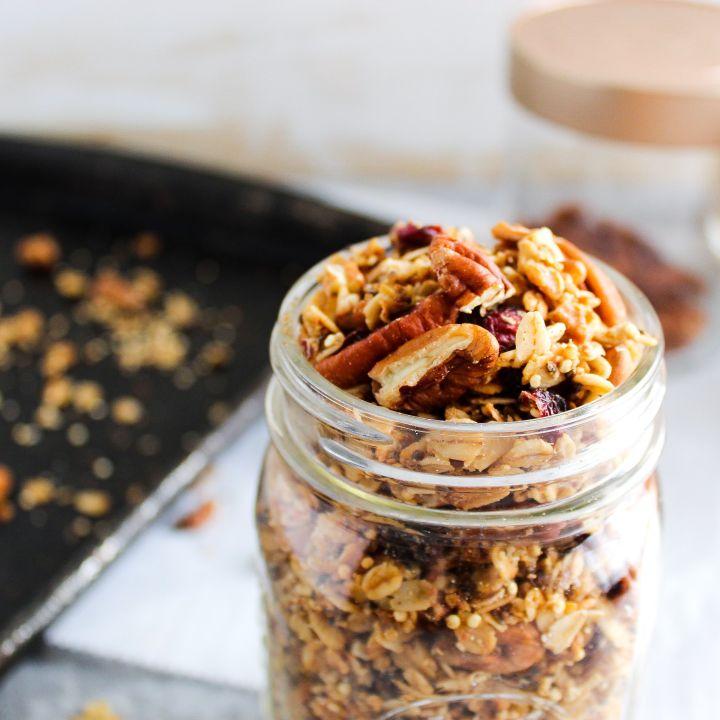 Quinoa Crunch Granola Alt Text