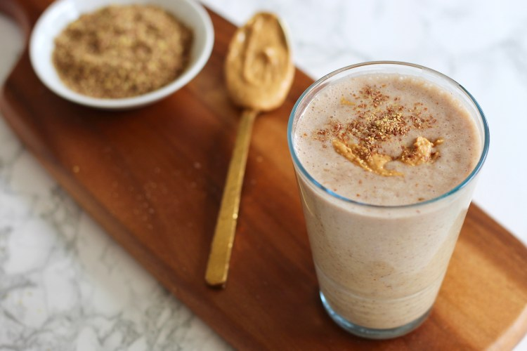 This Flax Power Protein Smoothie is filled with the perfect mixture of protein-packed ingredients like peanut butter, ground flaxseeds, and greek yogurt. Customize it to your liking with ingredients of your choice.