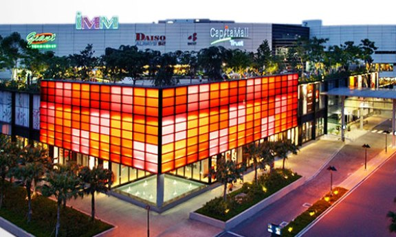 IMM Outlet Mall shopping in singapore