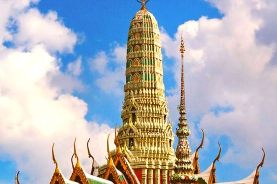 Bangkok Travel Guide : Things To Do, Where To Stay & Travel Tips