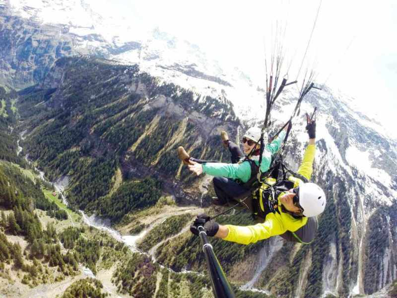 Paragliding - Things to do in Switzerland