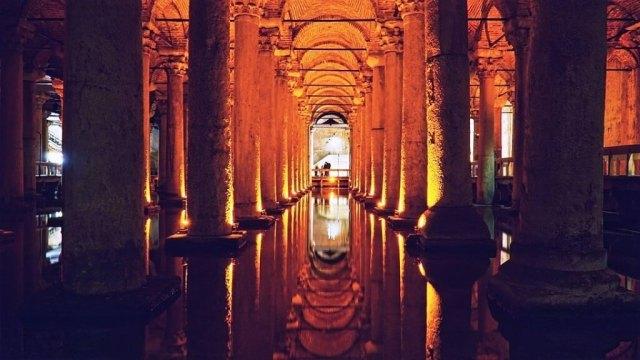 Basilica Cistern - Istanbul Itinerary
