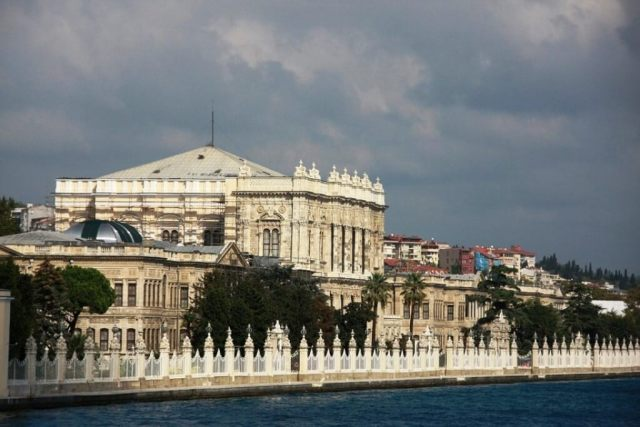 Dolmahbahce Palace - Istanbul Itinerary