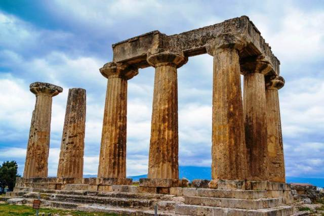Temple of Apollo in Ancient Corinth – Things To Do In Greece