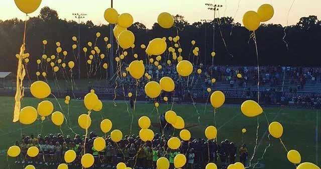 Woodstock High School Cheerleading Balloon Tribute